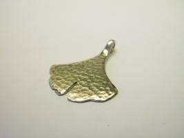Gingkoblattrückseite, 585/- Weißgold