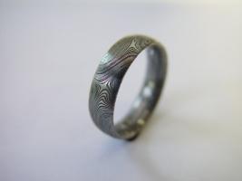 Ring, Damast, Edelstahl, tordiert