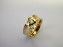 Ring, 750/- Gold, Leukosafir