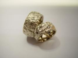 Trauringe, 585/- Weißgold, naturfarbene Brillanten