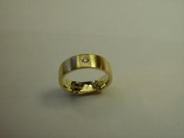 Witwenring, aus 2 Trauringen einen neuen Ring gemacht
